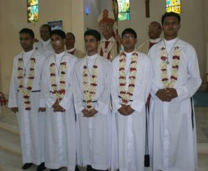 The five new finally professed brothers in Bangladesh with Archbishop Patrick D'Rozario