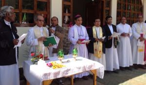 Archbishop Jala and other dignitaries at the dedication of the Moreau Institute of Integral Training