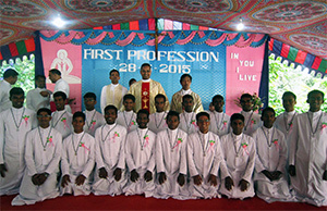 The 2015 First Profession Class in India with Fr Alexander Susai