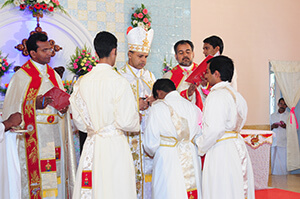 Fr Shintomon Cherian Ordination