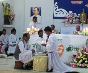 Br Gomes professes his Final Vows to Br Bijoy Rodrigues