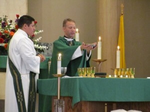 Bishop-elect William Wack presides at Mass in Austin
