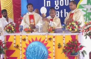 Fr Mariaraj presides at the Mass of First Profession in India 2018